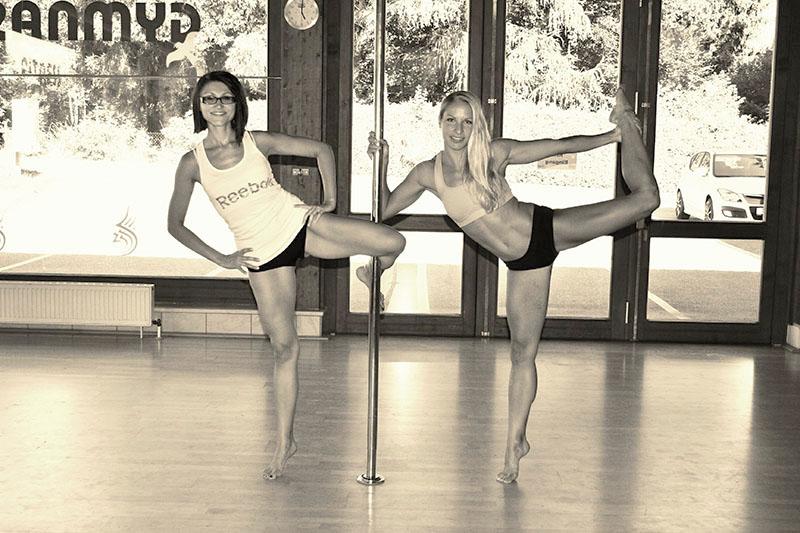 Kathi und Julia - Trainer der Pole Dance Academy Passau