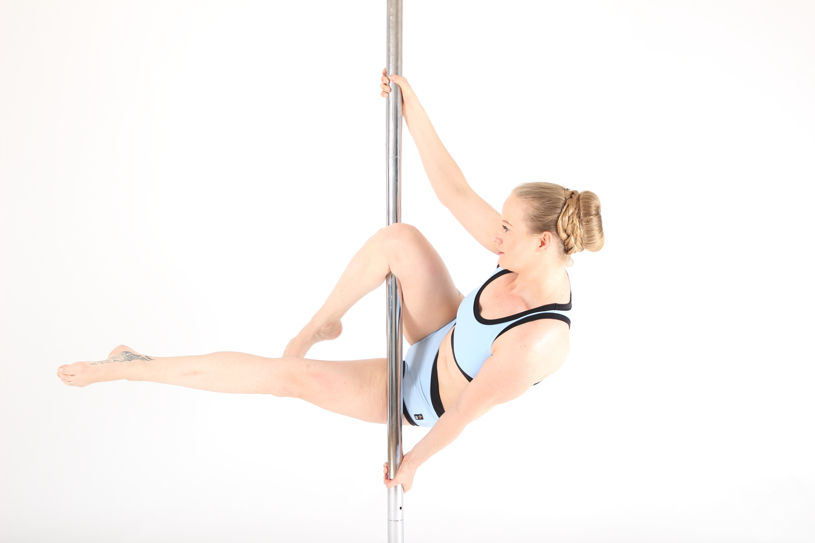 Level 1 Star Pole Tricks