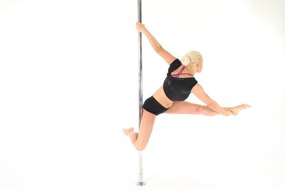 Level 3 Star Pole Tricks