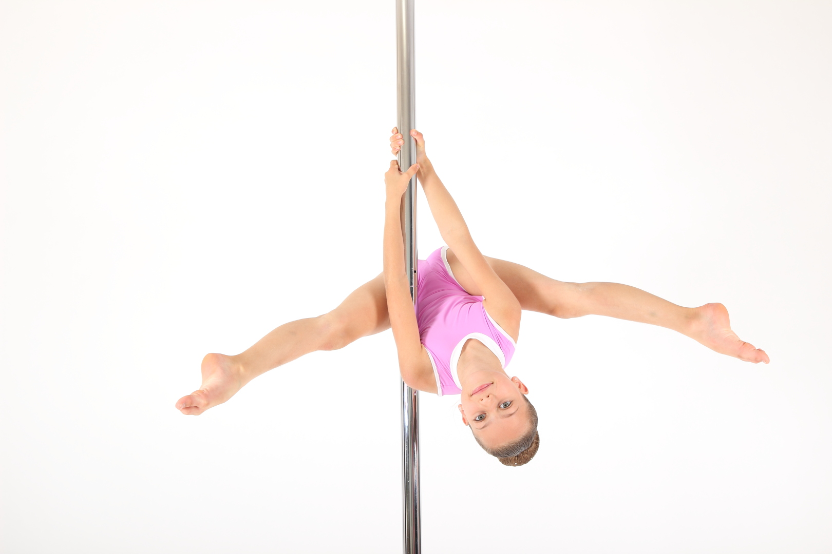 Kinder Pole Dance Training